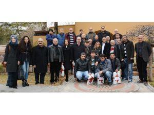 AK Parti Gazetecilerle Buluştu