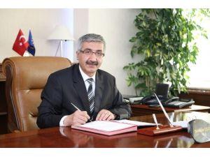Niğde Valisi Necmeddin Kılıç'tan Gazeteciler Günü Mesajı