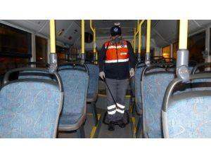 Doktor Başkandan Grip Ve Benzeri Bulaşıcı Hastalıklara Karşı Belediye Otobüslerine Dezenfekte Tedbiri