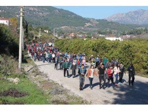 Kumluca'da Adrasan Yürüyüşüne Bin Kişi Katıldı