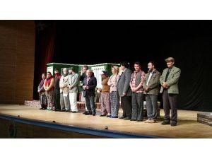 Bem-bir-sen Üyeleri Tiyatroda Bir Araya Geldi