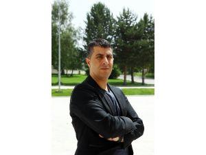 Atatürk Üniversitesi Tarih Bölümü Öğretim Üyesi Dr. Savaş Eğilmez: