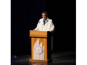 Rektör Özer, 10 Ocak Çalışan Gazeteciler Günü'nü Kutladı