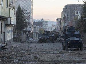 Teröristlerce öldürüldüğü değerlendirilen 3 kişinin cesedi bulundu