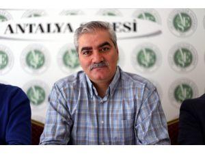 Aktif Eğitimciler Sendikası: Gazetecilik sadece kağıt üzerinde durmaktadır