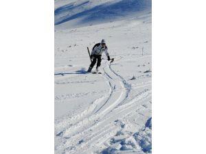 Elazığ'da Kayak Keyfi Başladı