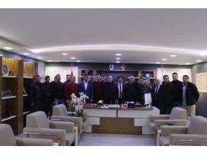 Başkan Şahiner'e Süpriz Doğum Günü Kutlaması
