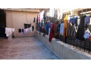 Cizre'de 20 nüfuslu 3 aile 5 gündür camide kalıyor