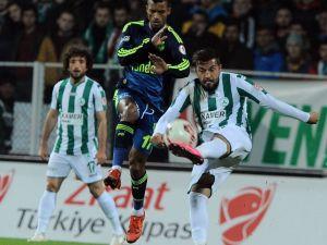 Fenerbahçe ikiledi