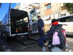 Buca'da Engellilere Ücretsiz Servis