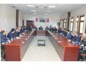 Başkan Toltar, Zabıta Personeliyle Toplantı Yaptı