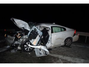 Kırıkkale'de Trafik Kazası: 1 Ölü, 2 Yaralı