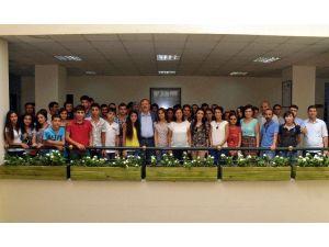 Akdeniz Belediyesi'nden Sınava Girecek Gençlere Stresi Önleme Semineri