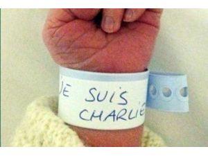 'On Est Tous Paris' İsimli Virüs Tüm Hızıyla Yayılıyor