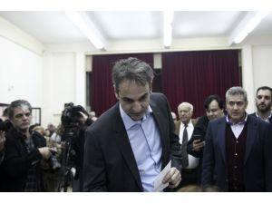 'Yeni Demokrasi' Çipras'a karşı 'genç' lideriyle mücadele edecek