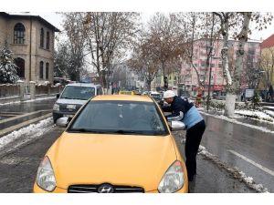 Servis Araçları Ve Ticari Araçlar Denetleniyor