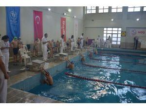 Analig Yüzme Grup Yarışları Sona Erdi