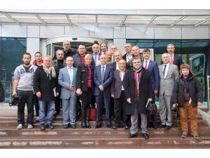 Vali Karahan Gazetecilerle Kahvaltıda Bir Araya Geldi