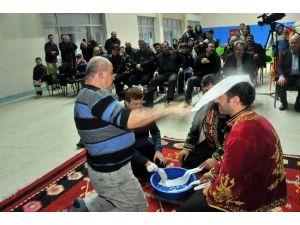 Akşehir'de Kavuk Sende Kış Sohbetleri Sürüyor