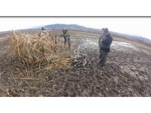 Sivas'ta Usulsüz Ördek Avına Suçüstü