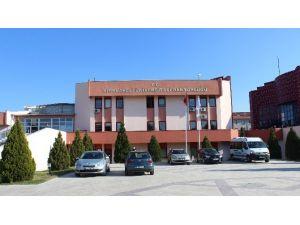 Kırklareli Üniversitesi Bahar Dönemi Yatay Geçiş İçin Gerekli Evraklar Belli Oldu