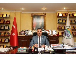Başkan Tuna Anketten Birinci Çıktı