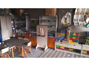 Van'da iki okula molotof kokteyli saldırısı