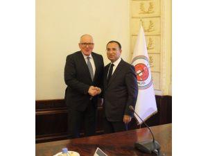 Bozdağ, Avrupa Birliği Komisyonu Başkan Yardımcısı Timmermans İle Görüştü