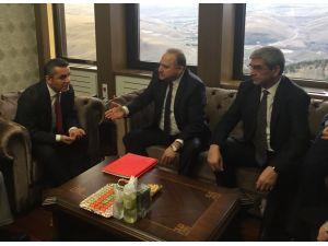 CHP'li Gök ile TRT Genel Müdürü Göka arasında yaşanan tartışma görüntülendi