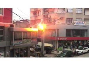 Aşırı Yüklenen Elektrik Trafosu Patladı