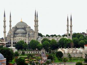 İstanbul Sultanahmet'te patlama meydana geldi