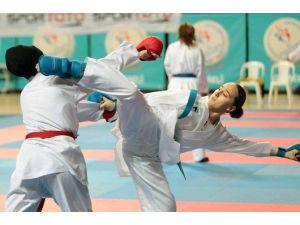 Büyükşehir Sporcuları Milli Takımda