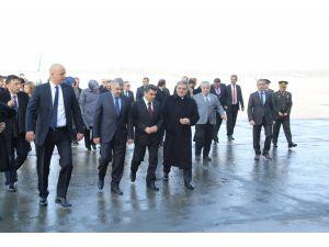 Abdullah Gül: Terörü şiddetle lanetliyorum