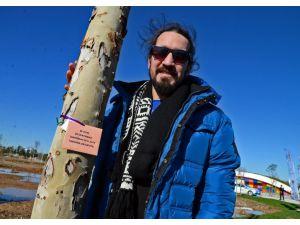 Barış Manço'nun Japonya'dan sonra Türkiye'de de dikili ağacı oldu