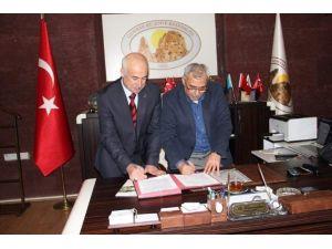 Uçhisar Belediyesi'nde Memurların Sosyal Denge Sözleşmesi Yenilendi