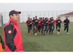 Yeşilyurtspor'da Mustafa Taşar İstifa Etti