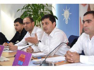 AK Parti, 500 Bin Üye İçin Özel Web Sitesi Hazırladı