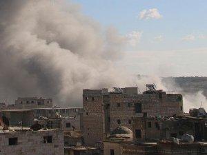 Rus uçakları İdlib'de yerleşim yerlerini vurdu: 37 ölü, 55 yaralı