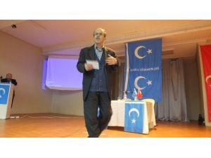 Burhaniye'de Türkmen Konferansı