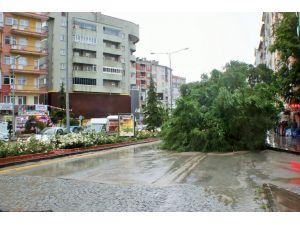 Meteorolojiden Kırşehir için kuvvetli yağış ve fırtına uyarısı