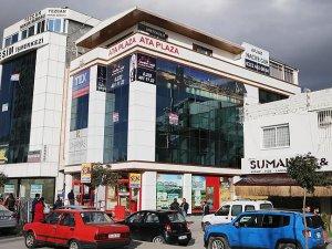 İzmir'de telefon dolandırıcılığı operasyonu: 110 gözaltı