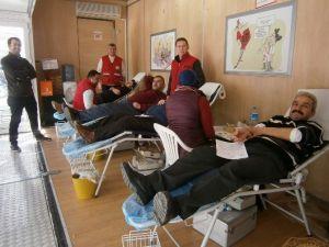 Bolvadin'de Kan Bağışı Kampanyasına Yoğun İlgi