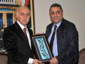 Vali Şahin: Turizm, sanayi ve ticaret alanında çalışmalar yapmalıyız