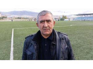 Yeşilyurtspor, Mustafa Taşar'ın İstifasını Kabul Etti