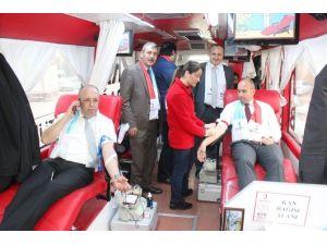 Başkan Togar'dan Kan Bağışı