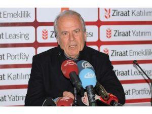 Galatasaray 5 Dakikada İşi Bitirdi