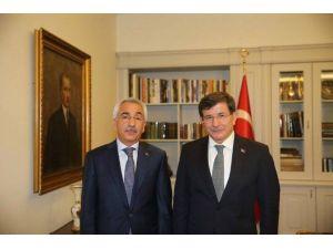 AK Parti'den Bayırbucak Türkmenlerine Yardım