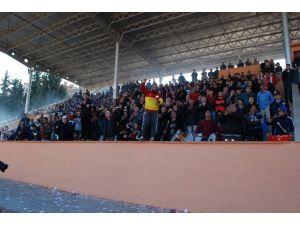 Silifkeli Futbolseverler Tribün İstiyor
