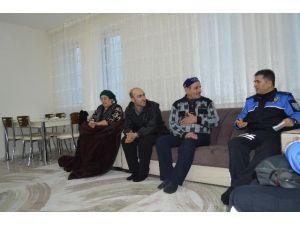 Ahıska Türklerine Hane Ziyareti Yapıldı