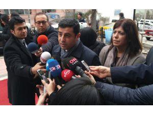 Demirtaş'tan Erdoğan'a: Kendisinin üniversite hayatı nasıldır Türkiye bilmiyor